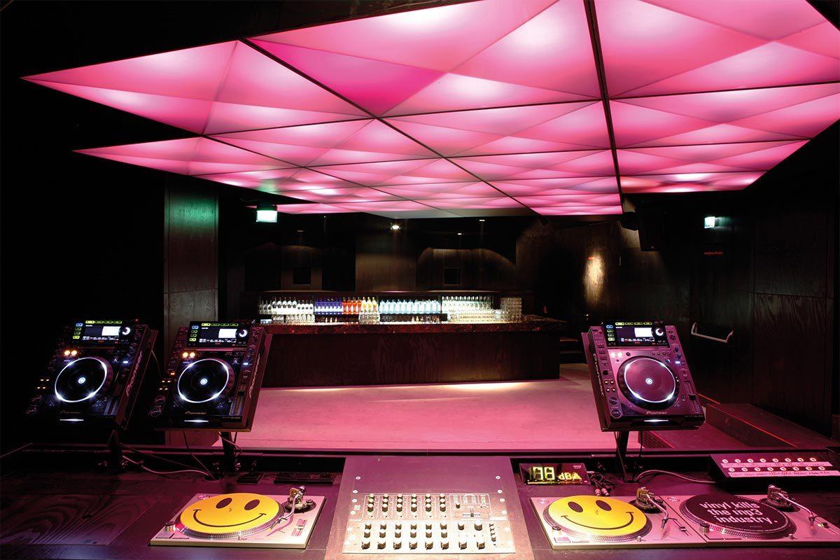 Arnold_Werner_Architekten_Bob_Beaman_Music_Club_01