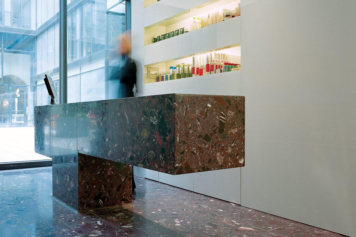 Arnold_Werner_Architekten_Friseur_Maximilianhoefe_02
